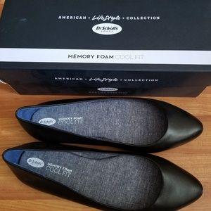 Dr. Scholls Women's Leather Flats (Black, 9.5)